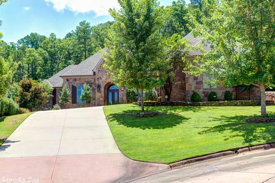 503 Hickory Creek Court, Little Rock, Arkansas