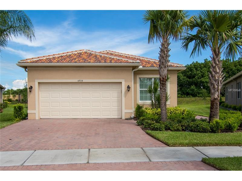 One of Wimauma 2 Bedroom Homes for Sale at 4934 SANDY GLEN WAY