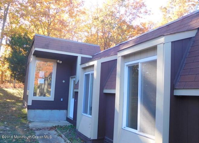 25 Blue Bird Lane 1000, Howell, New Jersey