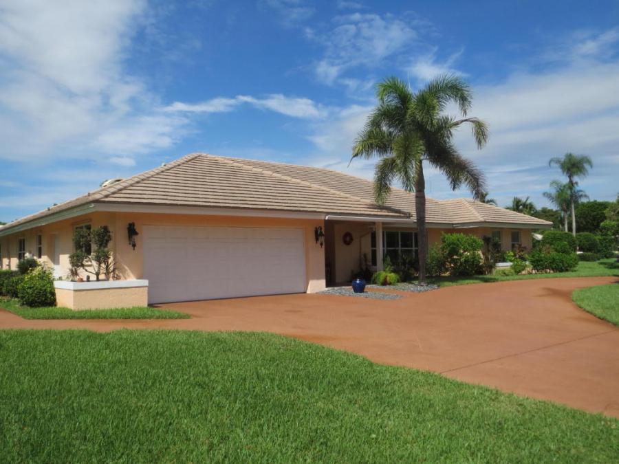 4787 Oak Circle, Boynton Beach, Florida