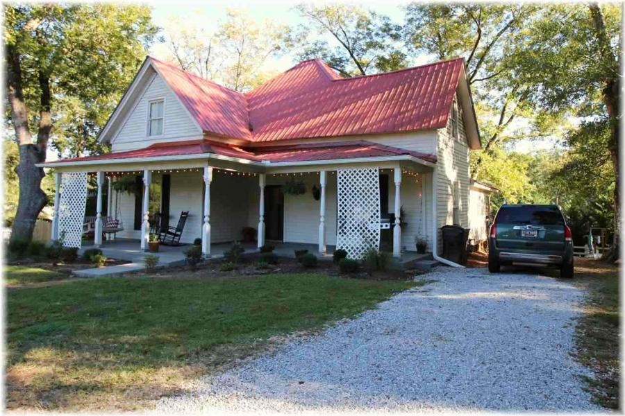 210  Mountain View, Westminster in  County, SC 29693 Home for Sale